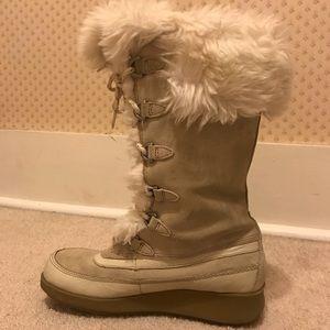 Aldo furry winter boots